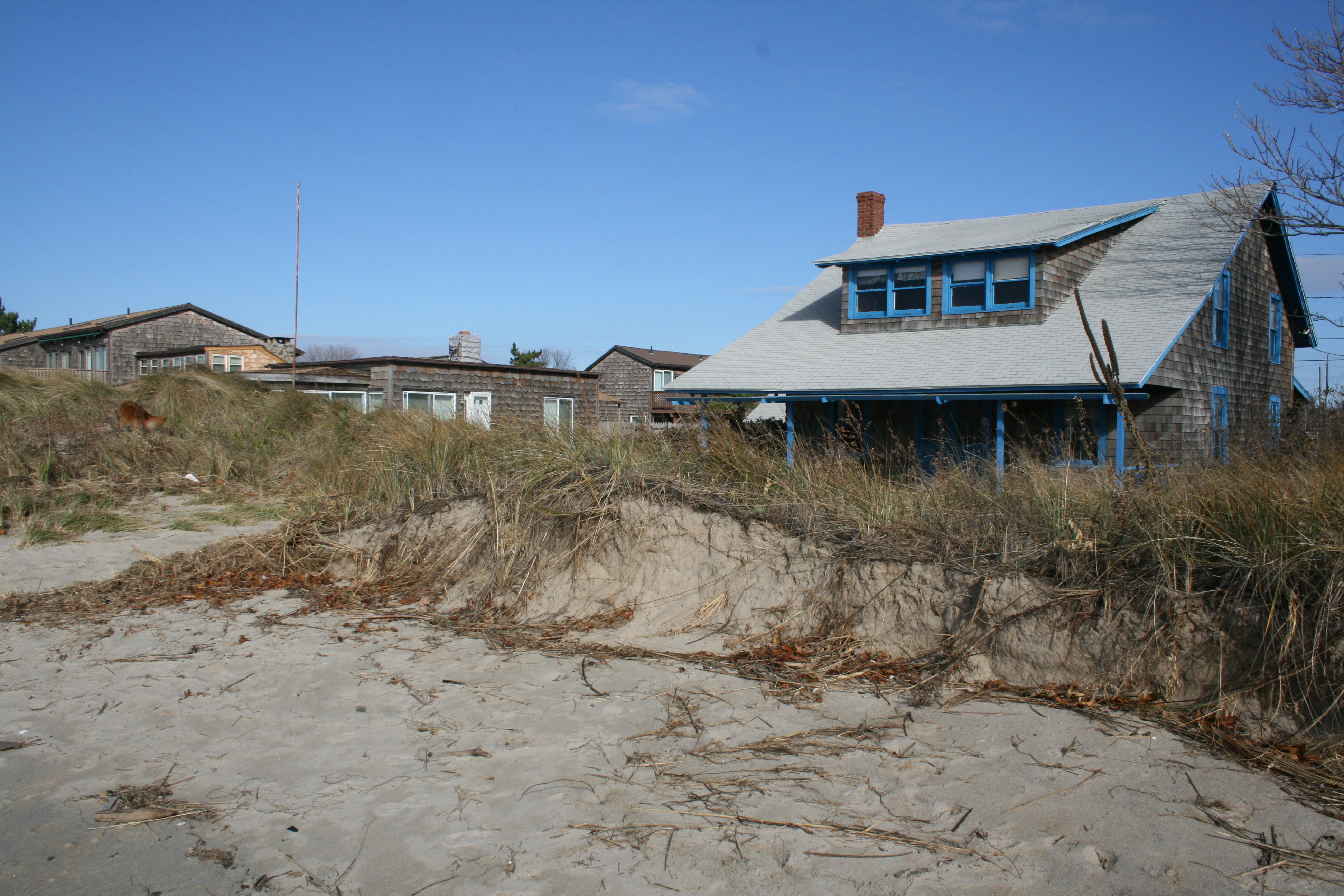 Dunes protected this Chalker Beach cottage.