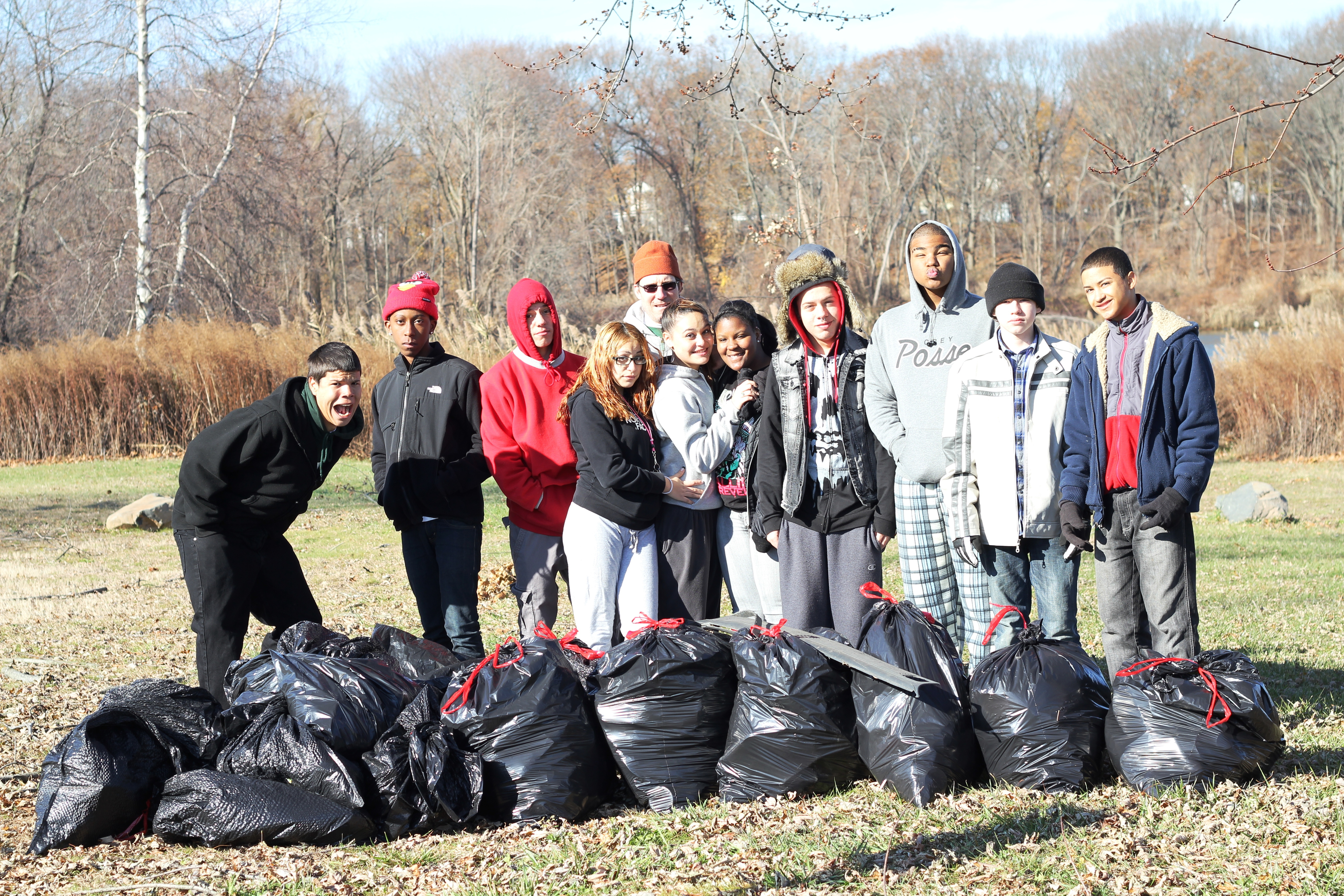 The group of Common Ground volunteers at the cleanup