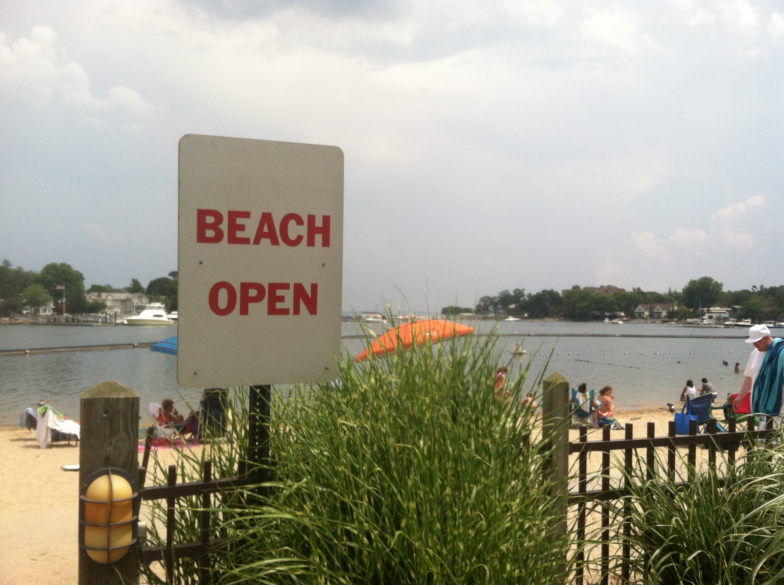 beachOpenSignMamaroneck