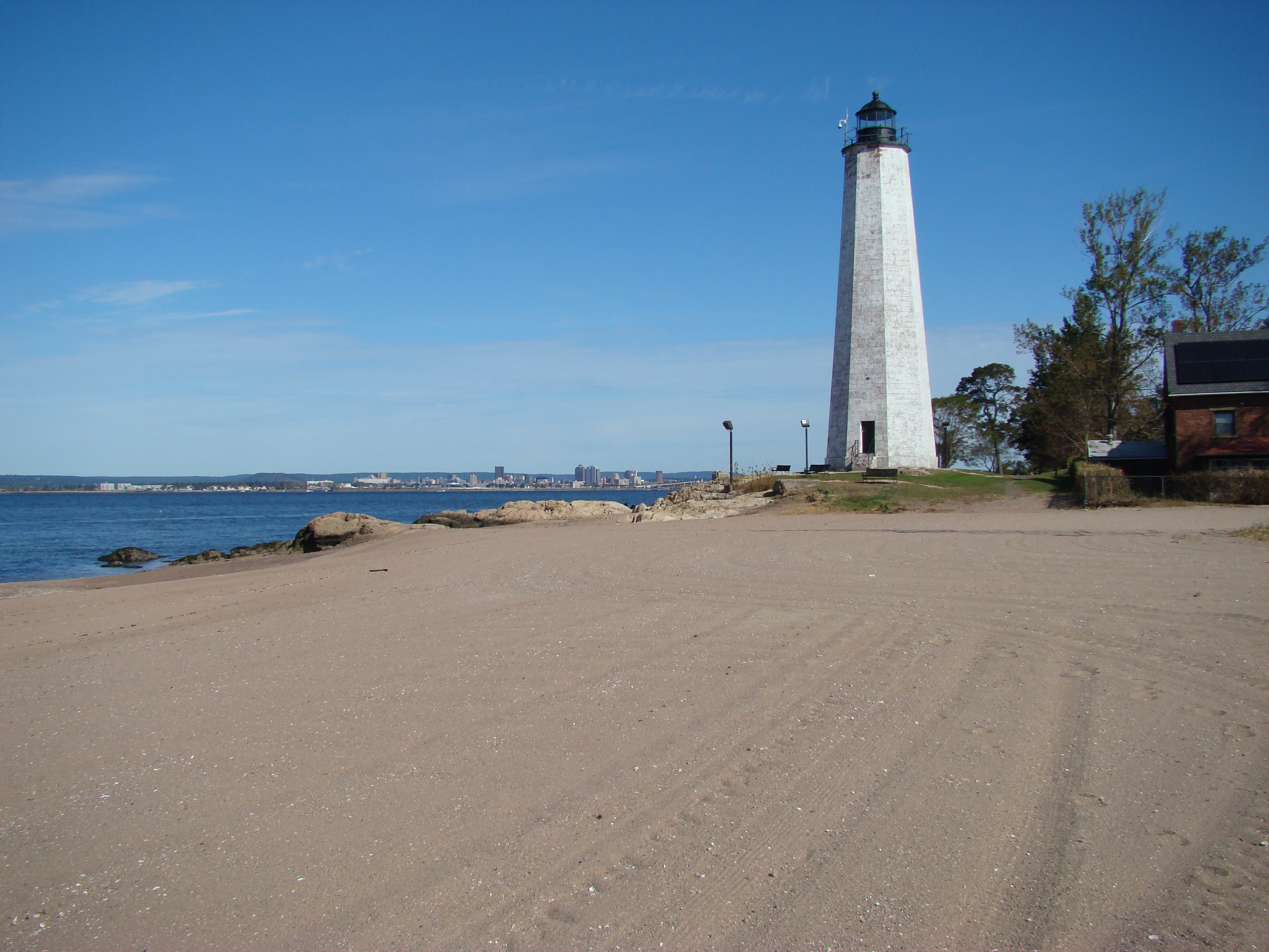 lighthouse-point-laura